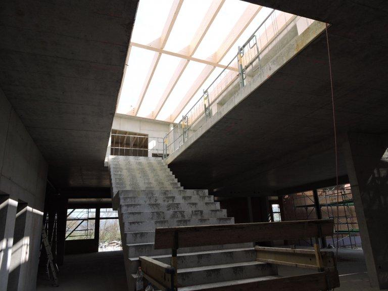 Grossansicht in neuem Fenster: Schulhausneubau - April -1